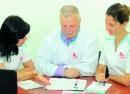 Главный врач сети ЛЕЧУ Литарский А.Л. с коллегами из отдела контроля качества