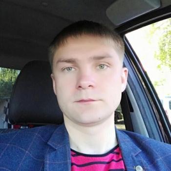 Максим Дементьев