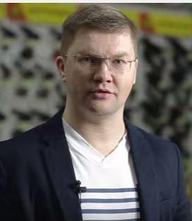 Михаил Усачев