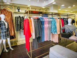 de2efa0bb285 Продаю действующий бизнес - магазин женской одежды