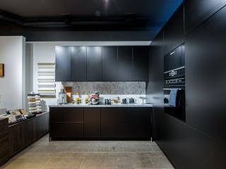 Предлагаем готовый (действующий) бизнес - Салон дизайнерских кухонь.