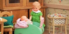 Изготовление кукольных домиков