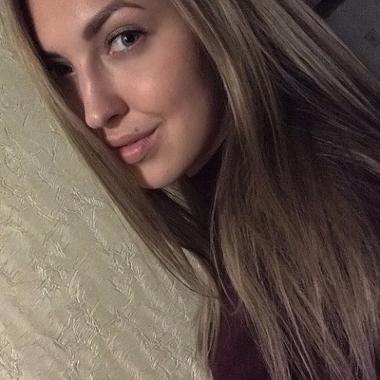 Даша Кузьменкова